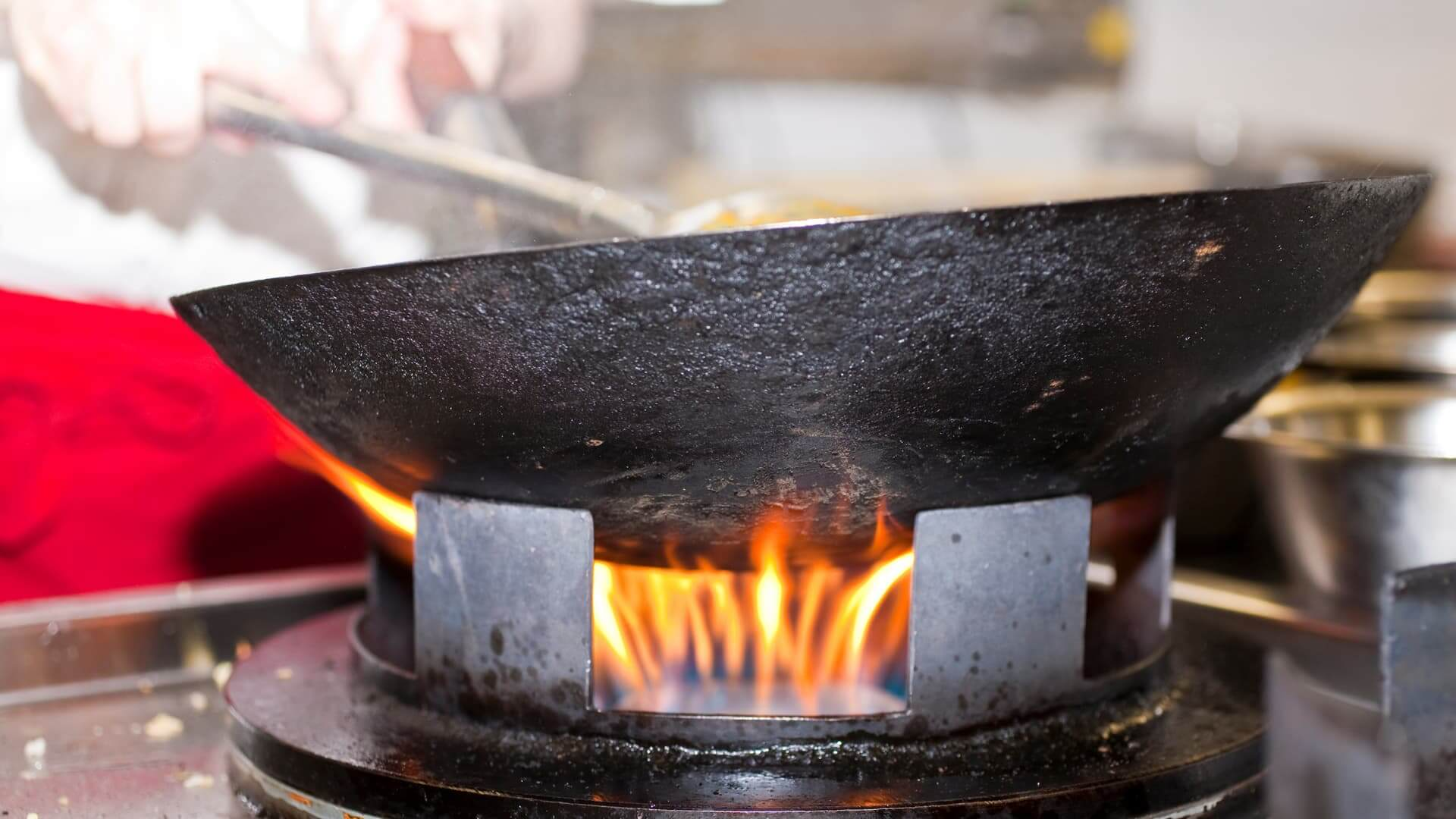 How to season steel wok